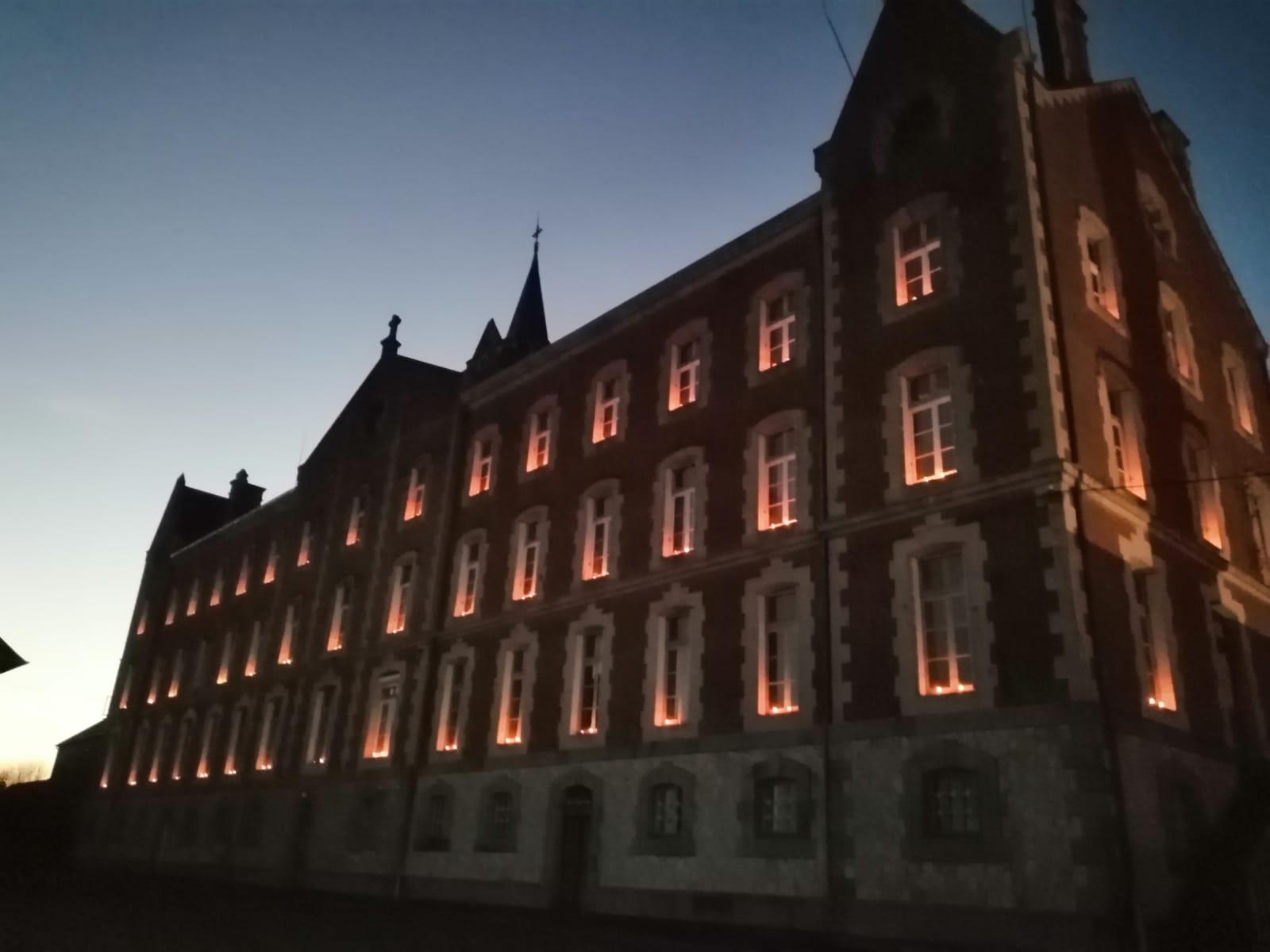 Maison sainte Marie illuminée 1